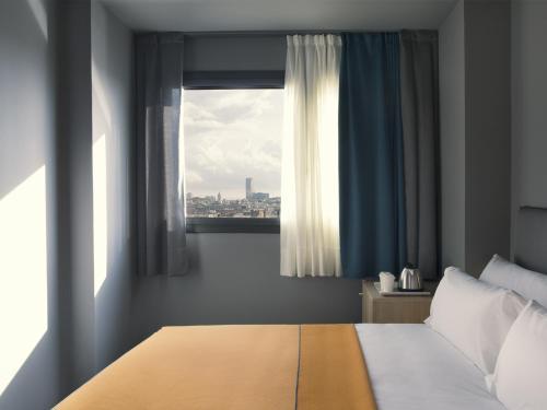 Yurbban Trafalgar Hotel photo 42