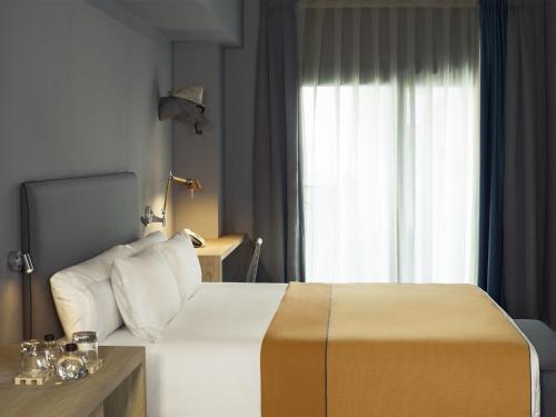 Yurbban Trafalgar Hotel photo 49