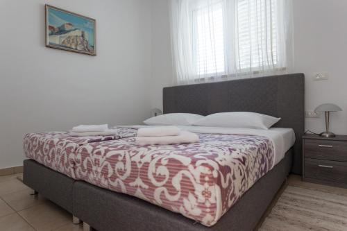 Apartment Cinereus A58