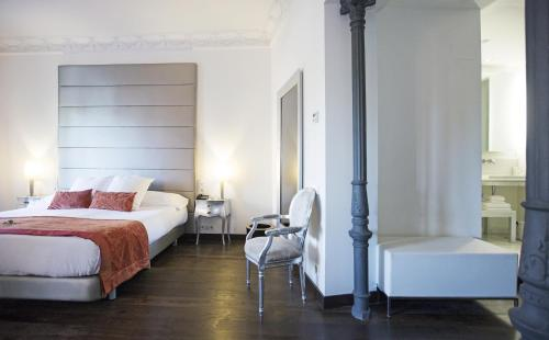 Habitación Doble Deluxe con vistas - 1 o 2 camas - Uso individual Hospes Puerta de Alcalá 6