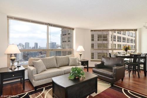 Hotel Corporate Suites Network - 555 W. Madison