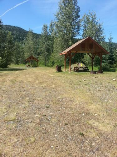 Wells Gray Golf Resort And Rv Park - Clearwater, BC V0E 1N1