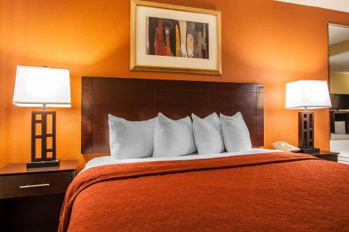 Quality Inn O'Fallon Photo