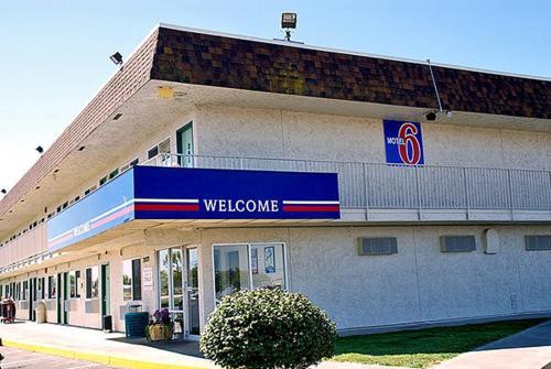 Motel 6 Moses Lake - Moses Lake, WA 98837