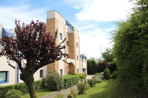 Hotels Amp Vacation Rentals Near Laurent Bonnevay Metro