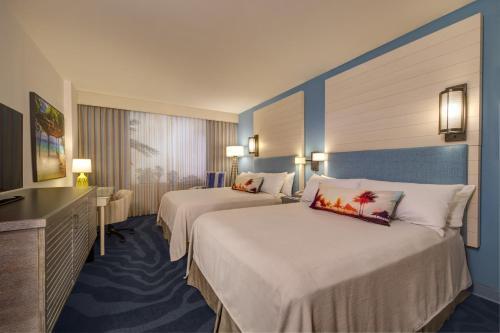 Universal's Loews Sapphire Falls Resort photo 3