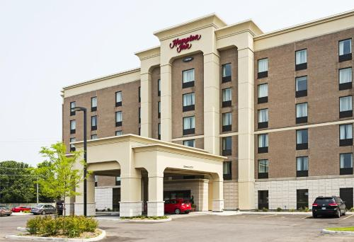 Hampton Inn By Hilton Ottawa Airport On Cn - Ottawa, ON K1V 2L9
