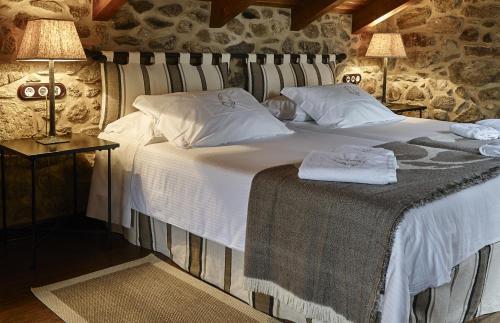 Habitación Doble Superior - Uso individual Hotel Rustico Lugar Do Cotariño 14