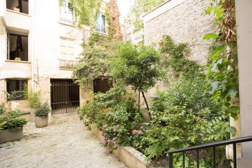 Paris Center Tournelle Suite - 5 guests photo 6