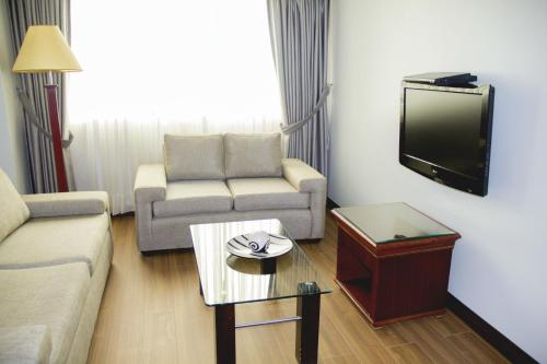 Hotel Kingdom Photo