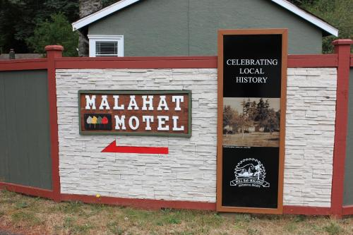 Malahat Bungalows Motel - Malahat, BC V0R 2L0