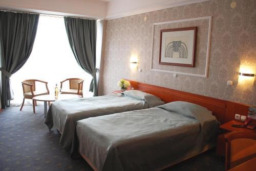 https://q-xx.bstatic.com/images/hotel/max500/515/51520801.jpg