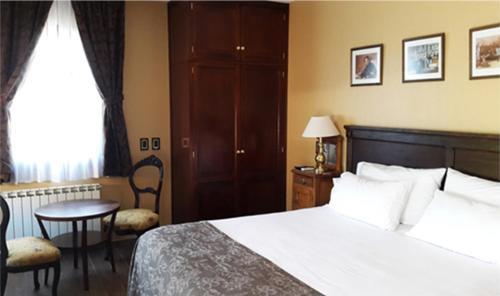 Hotel City Bell Photo