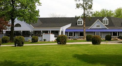 The Lodge at Leathem Smith Photo