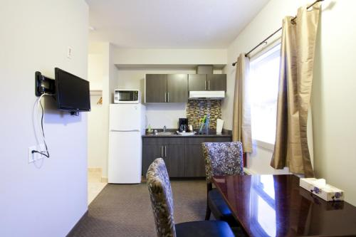 Travelodge By Wyndham Kindersley - Kindersley, SK S0L 1S0
