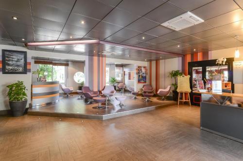 inter hotel le relais d 39 aubagne aubagne prices photos and reviews. Black Bedroom Furniture Sets. Home Design Ideas