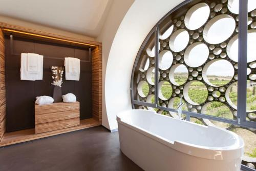 Suite Deluxe Mastinell Cava & Boutique Hotel by Olivia Hotels Collection 11