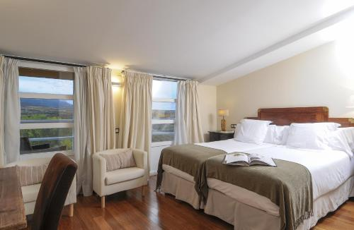 Double or Twin Room with View - single occupancy Casona del Boticario 11