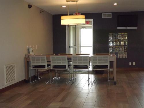 Microtel Inn & Suites By Wyndham Ames - Ames, IA 50010