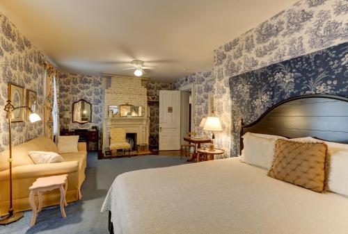 C.W. Worth House Bed and Breakfast Photo