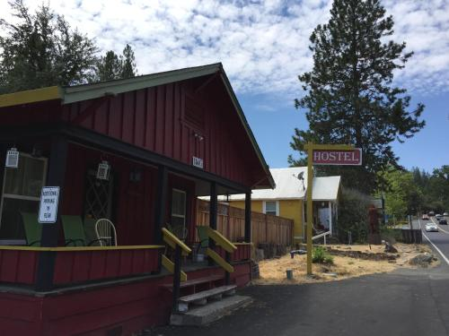 Yosemite International Hostel Photo