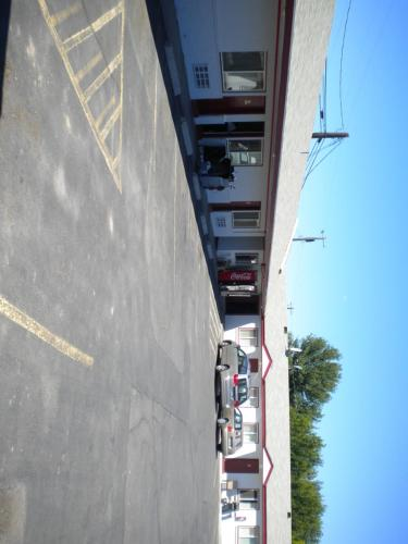 Sundowner Motel - Quincy, WA 98848