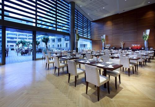 Eurostars Grand Marina Hotel GL photo 28
