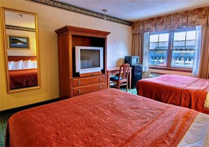 Quality Inn Glens Falls Photo