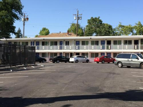 Travelodge Sacramento Photo
