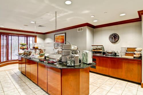 Homewood Suites By Hilton Stratford Ct