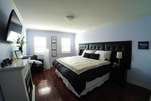 Blue Skies Bed & Breakfast - Niagara On The Lake, ON L0S 1J0
