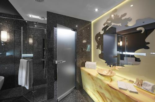 Aria Hotel Budapest by Library Hotel Collection photo 104