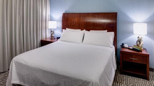 Hilton Garden Inn Denver Downtown - Denver, CO 80202