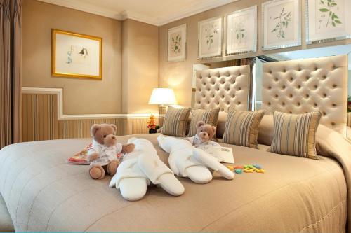 Milestone Hotel Kensington photo 57