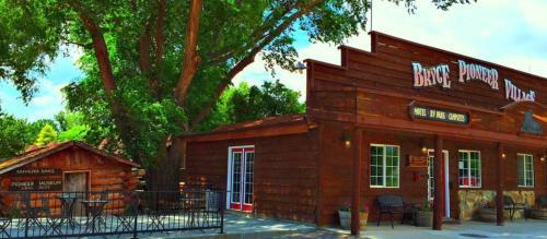 Bryce Pioneer Village Photo