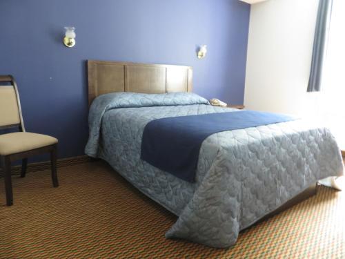 Travellers Motel - Owen Sound, ON N4K 3E5