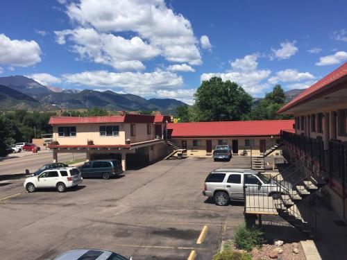 Charming Garden Of The Gods Motel Hotel Colorado Springs Nice Ideas