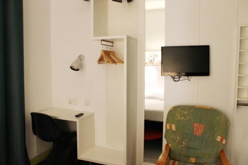 Raval Rooms photo 8