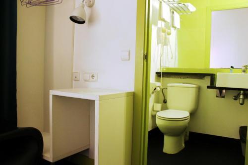 Raval Rooms photo 14
