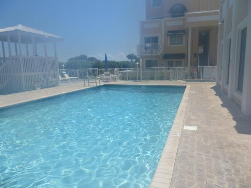 Royal Mansions Resort Photo