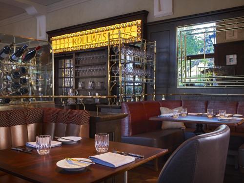 Four Seasons Hotel Gresham Palace - 9 of 96