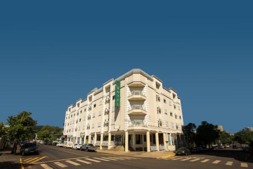 Francisco Beltrão Palace Hotel Photo