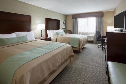 GrandStay Hotel & Suites - Morris Photo