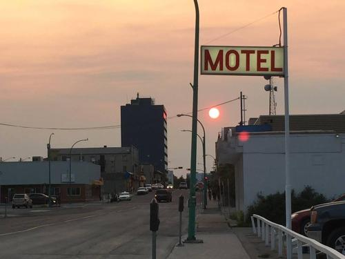 Northern Lites Motel - Yellowknife, NT X1A 2N5