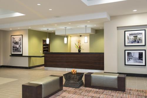Doubletree By Hilton Hotel Grand Rapids Airport
