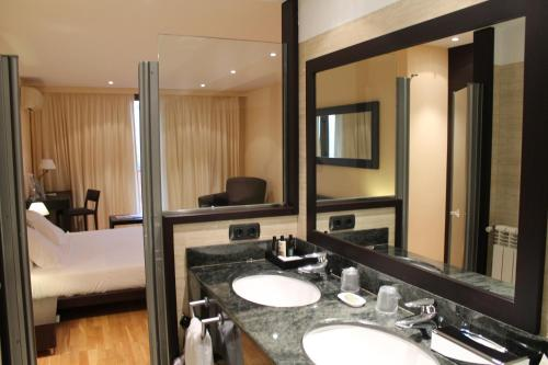 Superior Double Room Can Xiquet 9