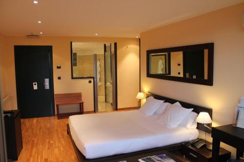 Superior Double Room Can Xiquet 8