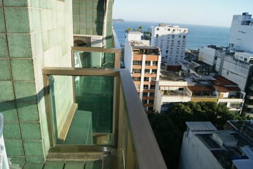 Apartment Tiffanys Photo