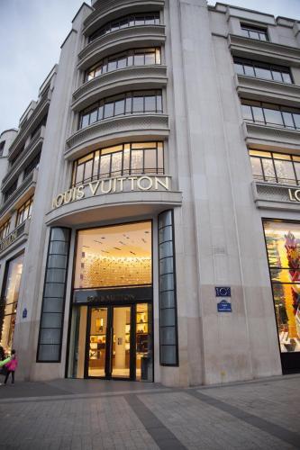 Champs Élysées-Vuitton Apartment photo 16