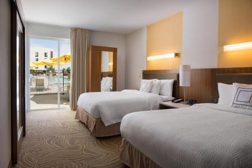 SpringHill Suites by Marriott Los Angeles Burbank/Downtown Photo